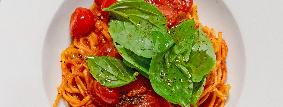 Pasta pomodoro with tomatoes and basil by Felice Pasta Bar