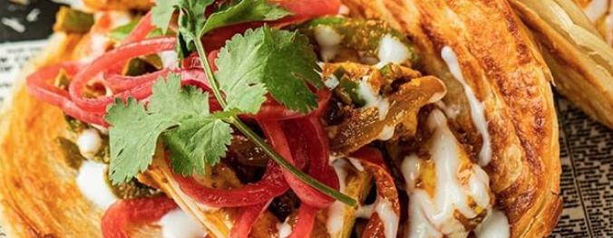 close up of Chote Miya roti taco